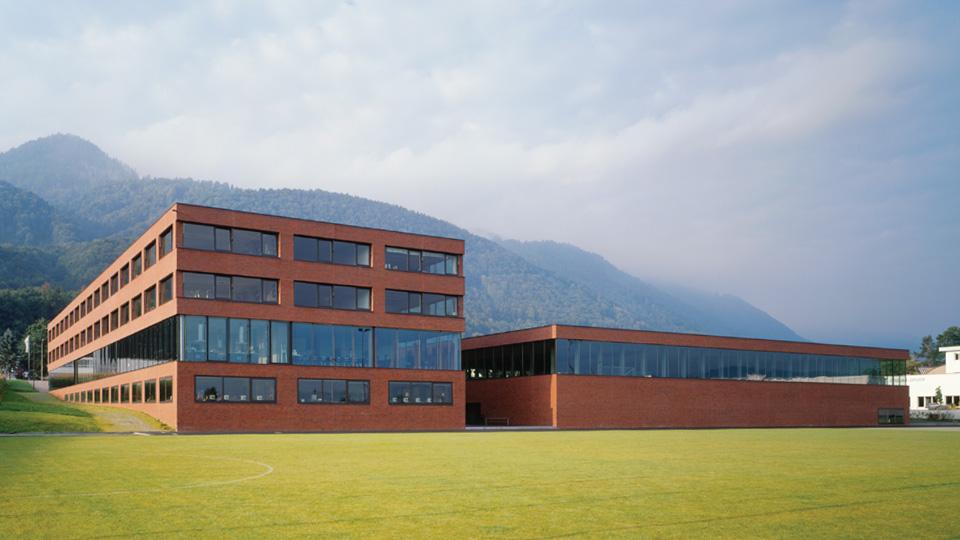 Mittelpunktschule Obermarch Buttikon